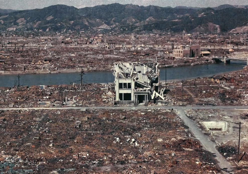 Грехи Чернобыля от HBO. Дракон-зомби и пепел Бикини на службе атомофобии.