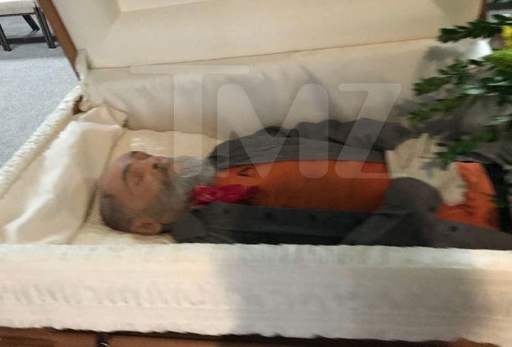 ВСША кремировали серийного маньяка Чарльза Мэнсона