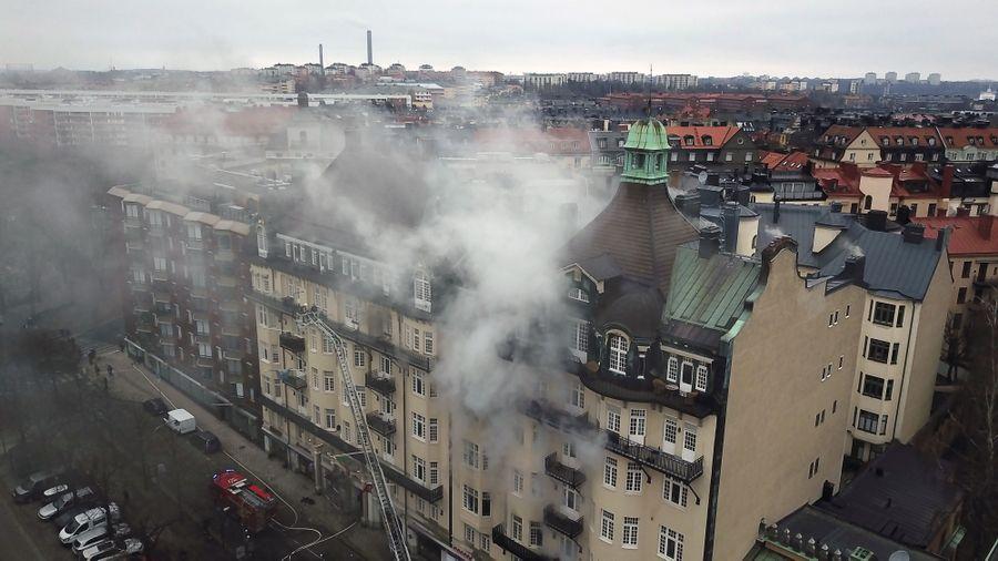 Вмногоэтажном здании посольства Португалии вСтокгольме произошел пожар: пострадали 14 человек