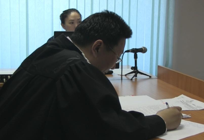 ВЯкутии народные избранники Уаров иСаввин помещены под домашний арест