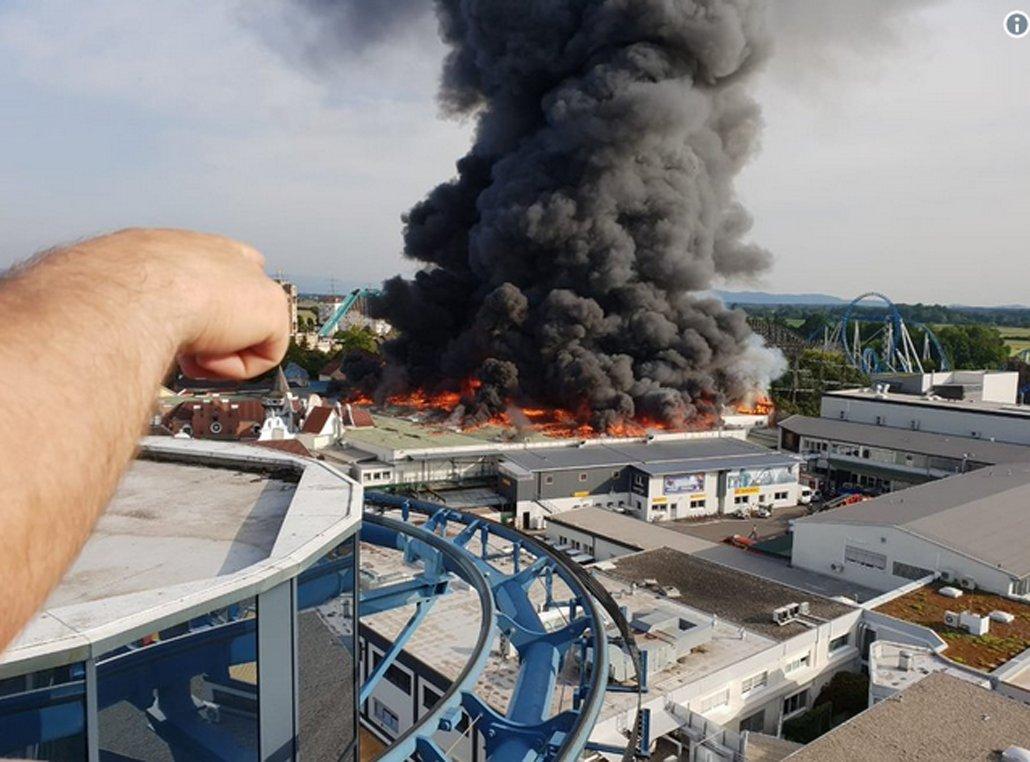 ВГермании вспыхнул крупнейший парк развлечений