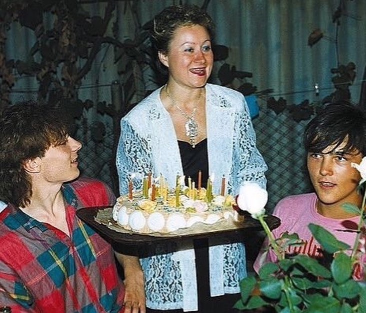 Приемная мать Юрия Шатунова