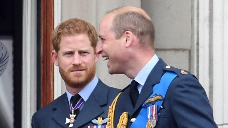 Принц Гарри винит брата вплохих отношениях сженой