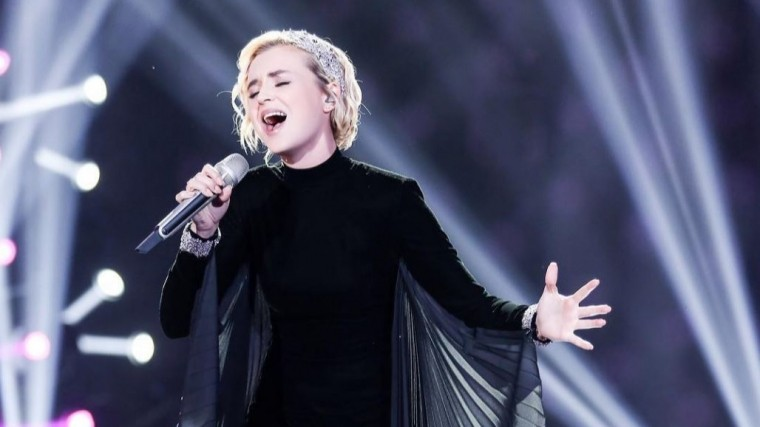 Гагарина триумфально дебютировала наазиатском конкурсе Singer