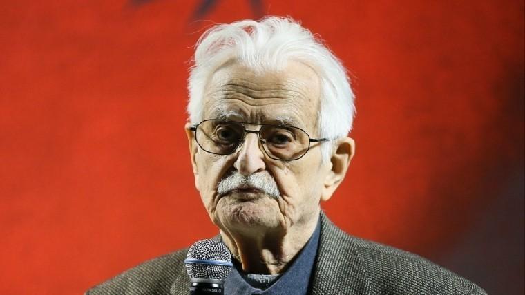 Известный кинорежиссер Марлен Хуциев находится вреанимации