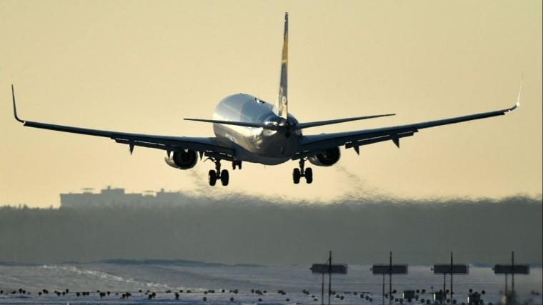 Самолет вернулся в«Шереметьево» из-за поломки противопожарной системы