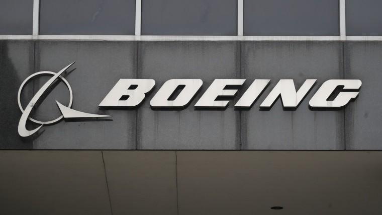 Boeing 737 MAX собновленной системой протестировали вСША