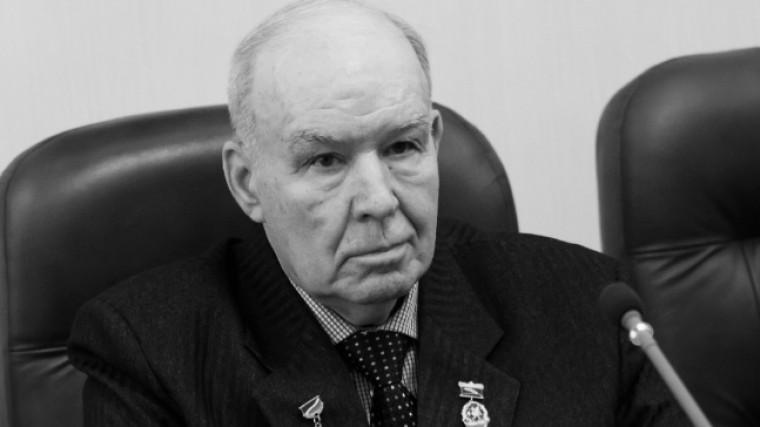Скончался знаменитый тренер пофехтованию Владимир Житлов