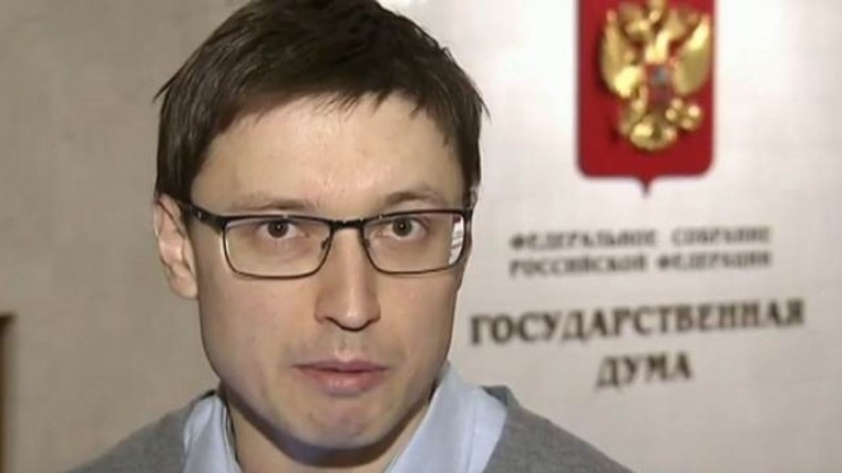 Скончался корреспондент Первого канала Илья Костин
