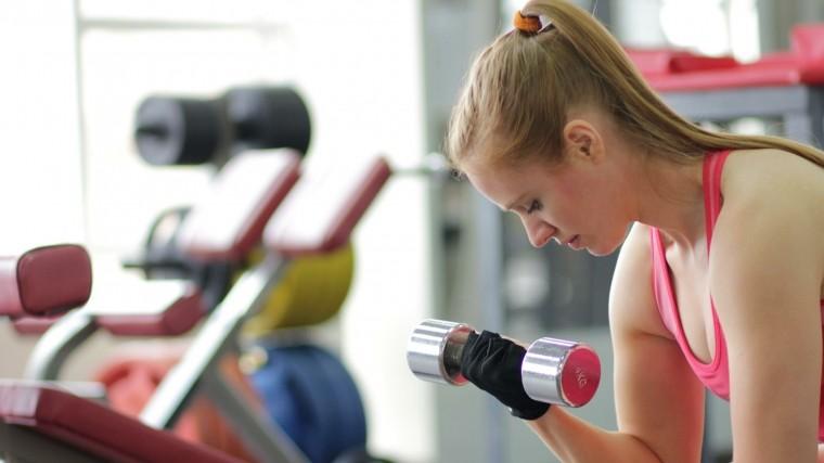 Названы лучшие часы для эффективных тренировок