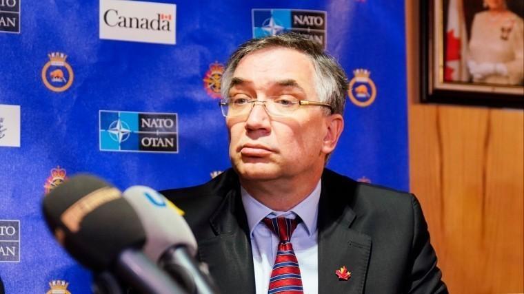 Фото: Канадский посол увяз вукраинском бездорожье