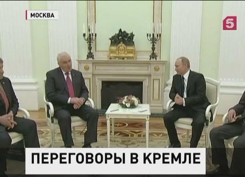 Владимир Путин встретился с президентом Южной Осетии