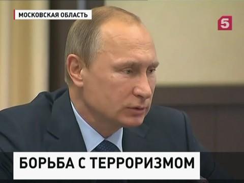 Владимир Путин встретился с главами спецслужб стран СНГ