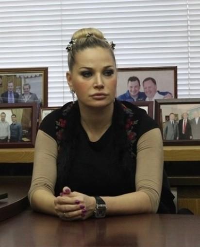 Мария Максакова отменила концерт впамять оДенисе Вороненкове
