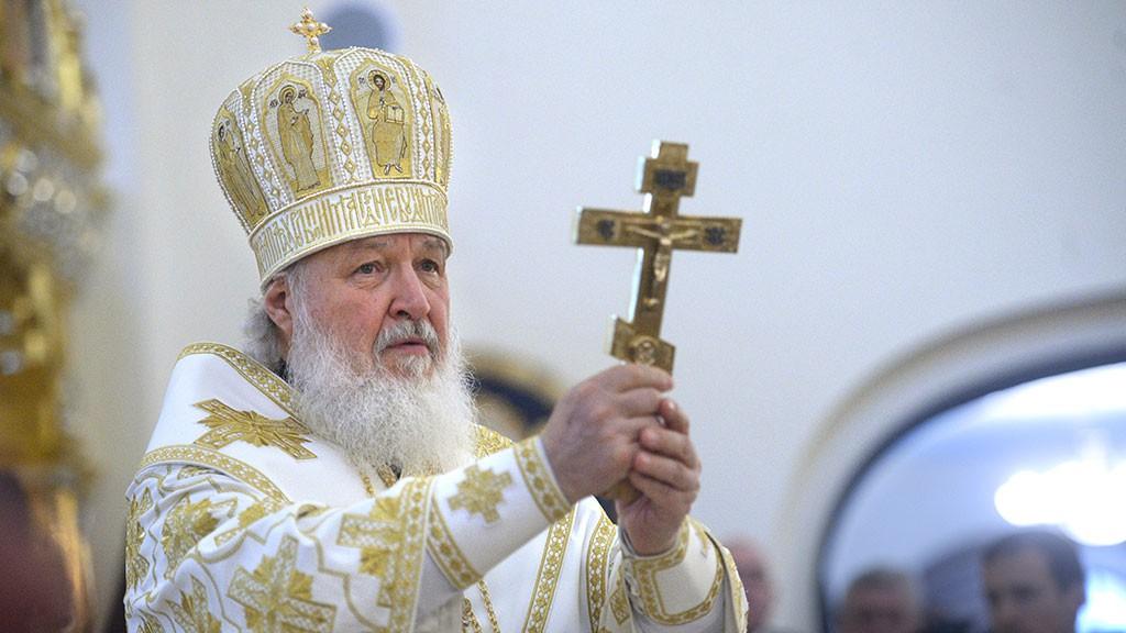 Патриарх Кириллосвятил кулич весом вполторы тонны