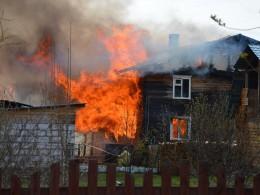ВВологодской области несколько жилых домов сгорели дотла
