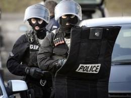 Полиция эвакуирует гостей Каннского кинофестиваля