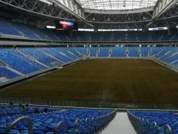 Настадионе «Санкт-Петербург Арена» решили поменять новый газон