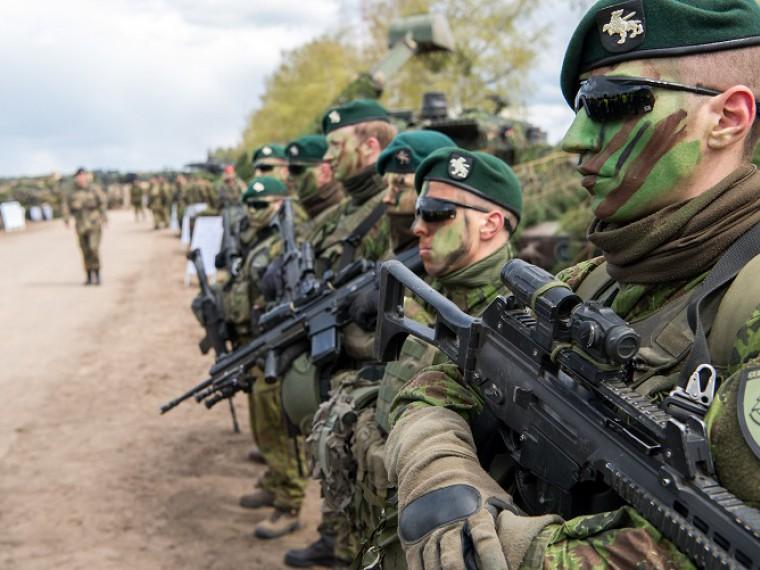 Пьяные солдаты НАТО устроили драку вЛитве