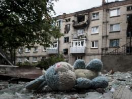 Ставрополь пригласил налечение детей, выживших при обстреле Горловки украинскими силовиками