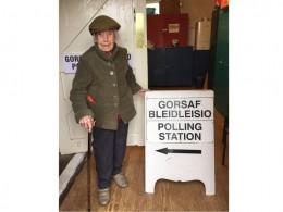 106-летней британке непозволили проголосовать напарламентских выборах