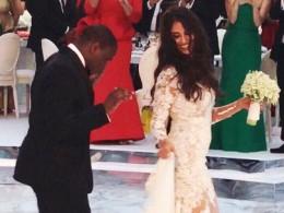Свадьбу напятьмлн фунтов стерлингов устроила своему сыну богатая мамаизголодающей Нигерии