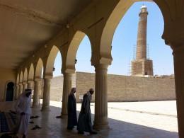 Появилось видео взрыва террористами ИГИЛ* соборной мечети вМосуле