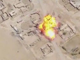 Драматичные кадры охоты смертника ИГИЛ* набеззащитный иракский танк