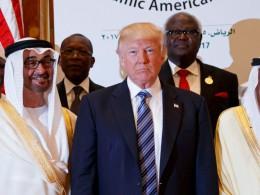 Трамп намерен провести межарабский саммит для урегулирования ситуации вокруг Катара