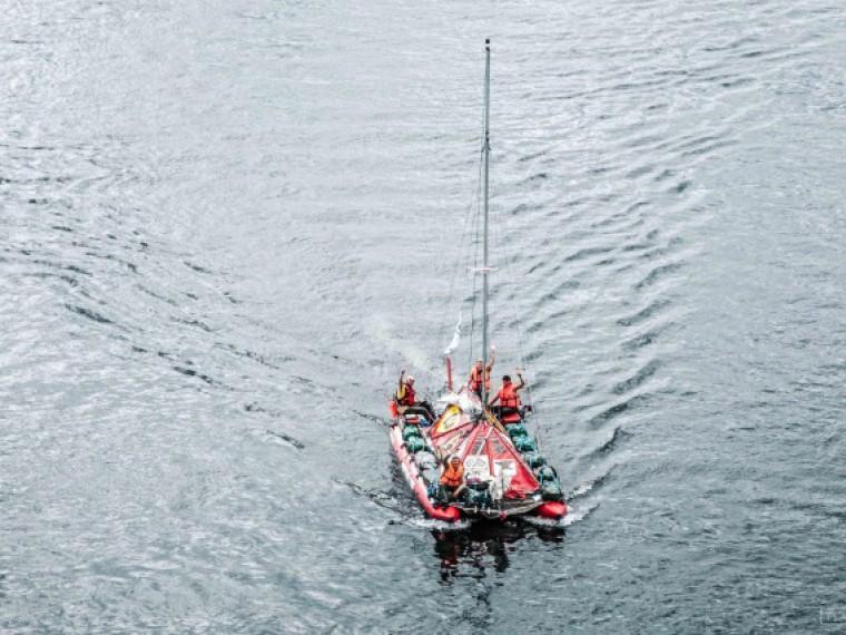 Опасный вояж изКрасноярска вАрхангельск: моряки пройдут 6000км нанадувном катамаране