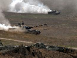 Минобороны Азербайджана заявляет обобстреле состороны Нагорного Карабаха