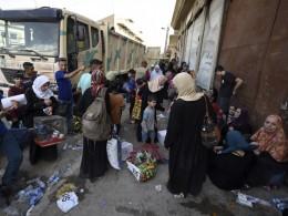 Больше миллиона человек покинули Мосул сначала операции поосвобождению отИГИЛ*