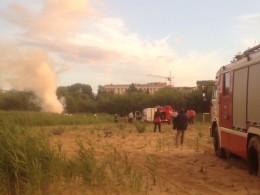 Самолет разбился наавиашоу вТамбове. Перове видео сместа трагедии