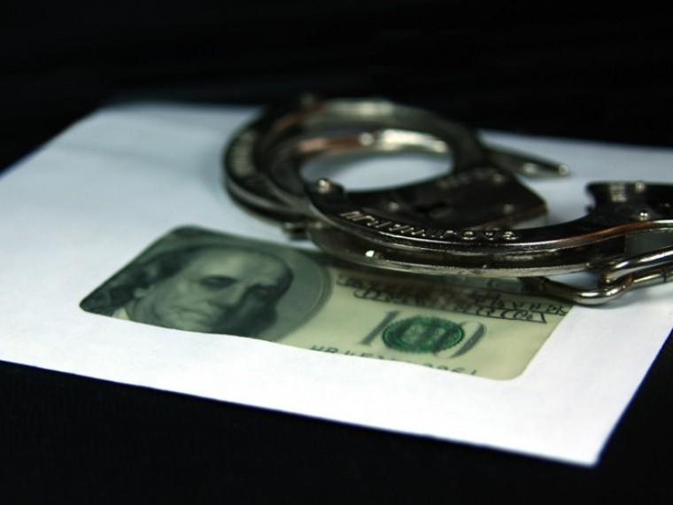 ВМоскве задержали адвоката завзятку в200 тысяч долларов