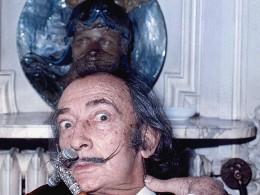 Усы Дали непотеряли форму даже через 28 лет после смерти