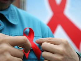 Роспотребнадзор назвал города, лидирующие пораспространению СПИДа иВИЧ