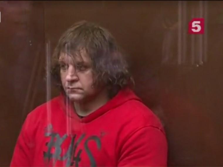 Отсидев заизнасилование, Емельяненко-младший снова рвется вбой