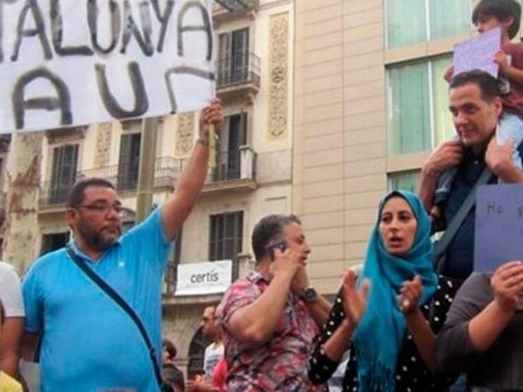 Мусульмане устроили акцию наместе теракта вБарселоне