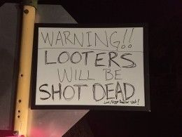 Жители пострадавшего отурагана Техаса грозятся отстреливать мародёров