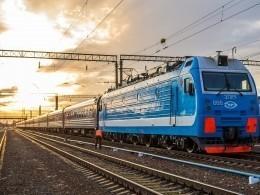 Двое человек погибли врезультате столкновения пассажирского поезда ибольшегруза вХМАО
