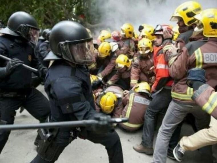 Омбудсмен Каталонии намерен пожаловаться надействия испанского правительства вООН иЕвропейский совет
