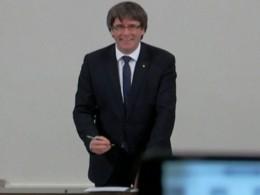 Опубликовано видео подписания декларации онезависимости Каталонии