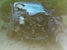 Троечеловек погибли вДТП под Ульяновском— первые фото сместа аварии