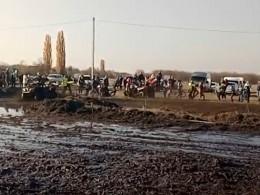 ВКраснодарском крае вовремя гонки квадрацикл врезался взрителей