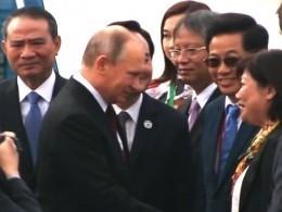 Владимир Путин прибыл воВьетнам насаммит АТЭС