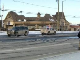Неизвестный соружием захватил заложников вбанке Канады