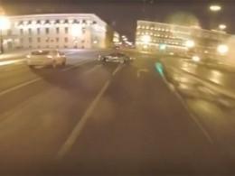 «Рады инерады»— вкомпании, название которой фигурирует нагонявшей поночному Петербургу машине, прокомментировали ролик