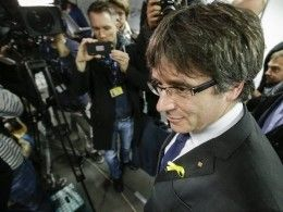 Беглый глава Каталонии потребовал восстановления смещенного правительства