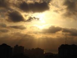 Израиль сообщил отретьем задень пуске ракеты изсектора Газа