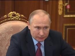 Проблемы населения стали основными темами встречи Путина иполпреда вСЗФО